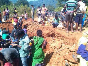 Digging for Cat's Eye in Koraput cillage