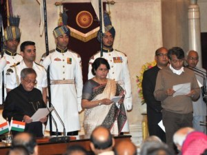 The President, Shri Pranab Mukherjee administering the oath as Cabinet Minister to Shri Suresh Prabhu, at a Swearing-in Ceremony, at Rashtrapati Bhavan, in New Delhi on November 09, 2014.