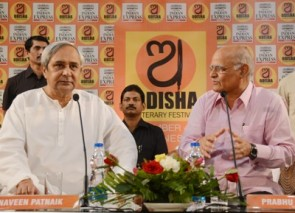 Chief Minister Naveen Patnaik answering questions from New Indian Express Editorial Director Prabhu Chawla at the Third Odisha Literary Festival  in Bhubaneswar on Monday (Pic: Biswaranjan Mishra)