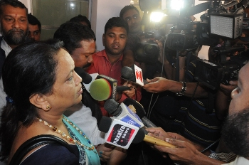 BJP MLA Radharani Panda talking to media persons about the incident (Pic: Biswaranjan Mishra)