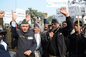 ex servicemen protest