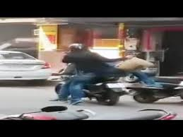 bike borne looters