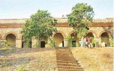 hukitola house