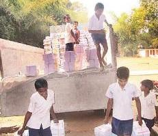 students unloading books
