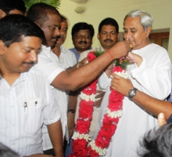 BJD supremo Naveen Patnaik being felicitated on the party's victory in the ULB polls at Naveen Nivas on Wednesday (Pic: Biswaranjan  Mishra)