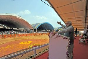 The Prime Minister, Shri Narendra Modi addressing at the dedication ceremony of the Rourkela Steel Plant to the Nation, in Odisha on April 01, 2015.