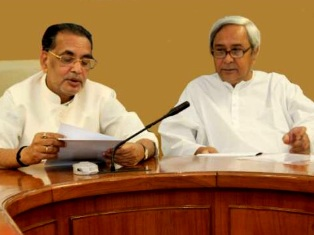 Chief Minister Naveen Patnaik and Union Agriculture minister Radha Mohan Singh in a meeting in New Delhi.