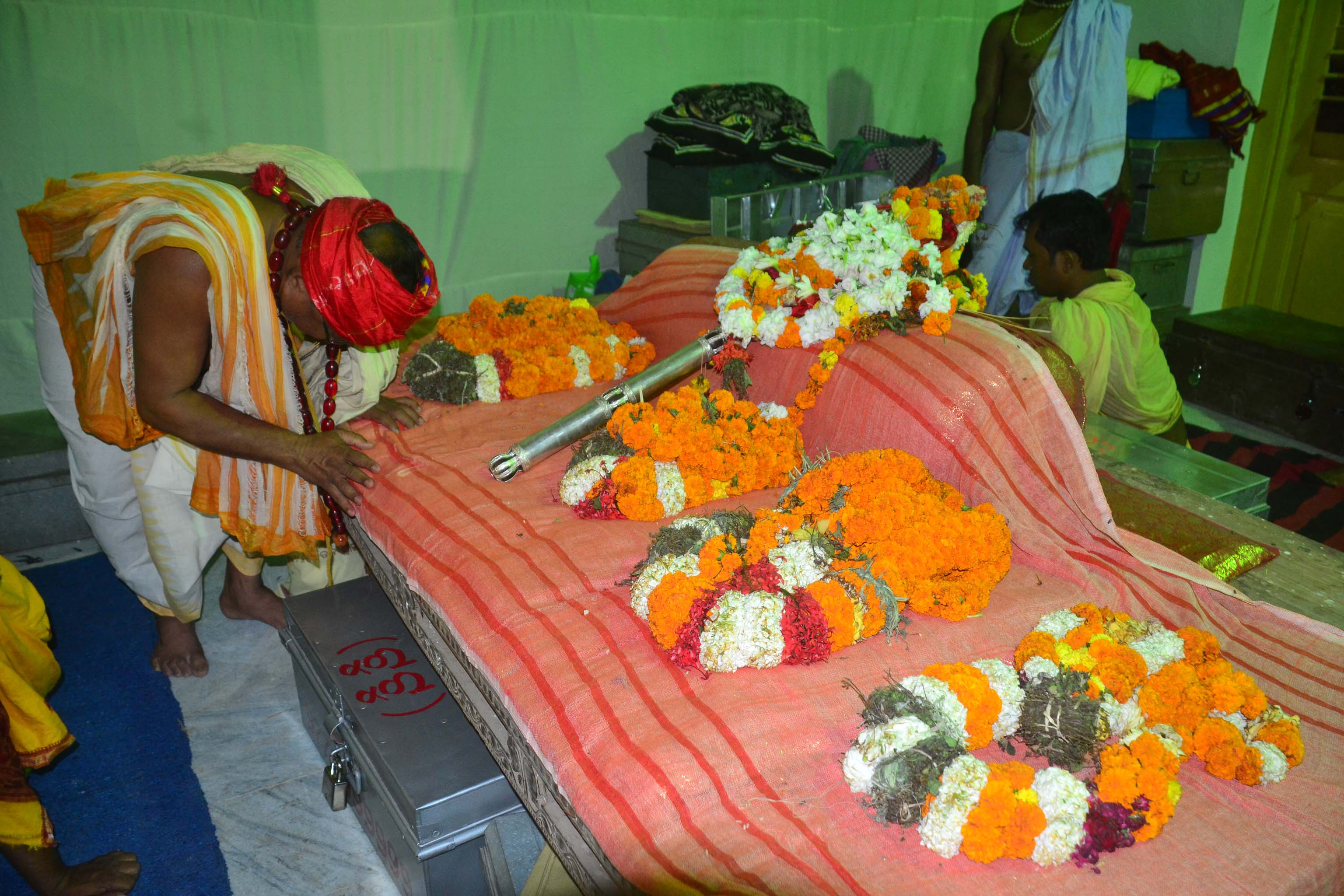 chakara narayana ku biswabasu mundiya maruchhanti (1)