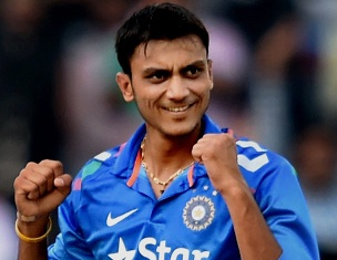 Axar Patel (pic: indianexpress.com)
