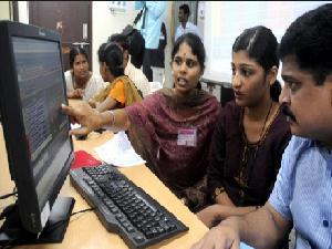 pic: www.careerindia.com