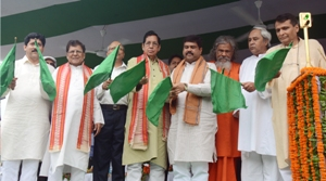 Railway minister Suresh Prabhu, Chief Minister Naveen Patnaik and others flagging off the first train on the Begunia-Khordha stretch of the Khordha-Balangir line recently