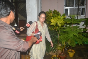 Indu Dewan coming out of the CBI office after her questioning (OST Photo)