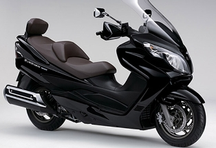 piaggio launches two 150cc scooters in india | odishasuntimes