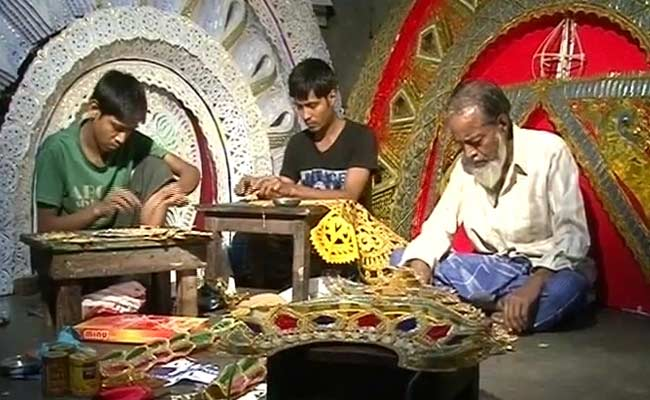 The Muslim Artisans Behind Durga Puja Celebrations in Cuttack. (Pic Courtesy: www.ndtv.com)