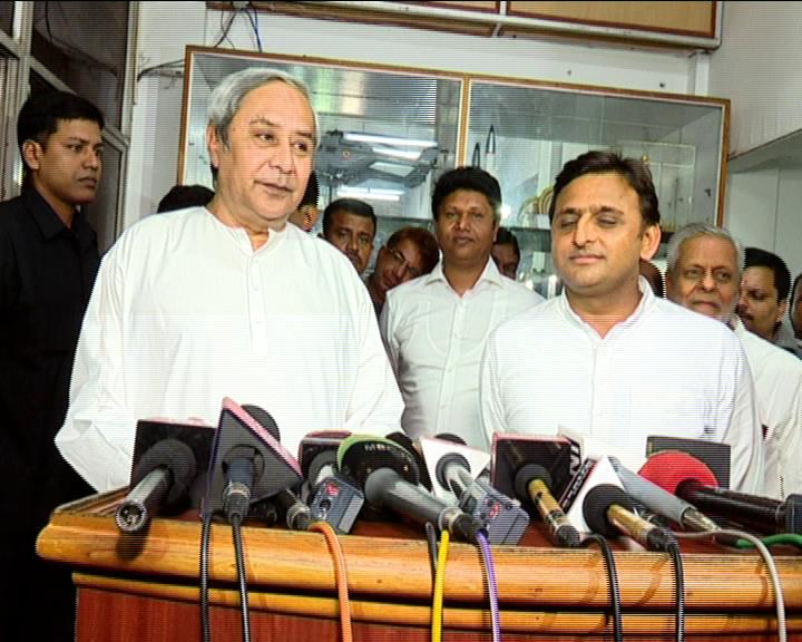 Naveen Patnaik and Akhilesh Yadav