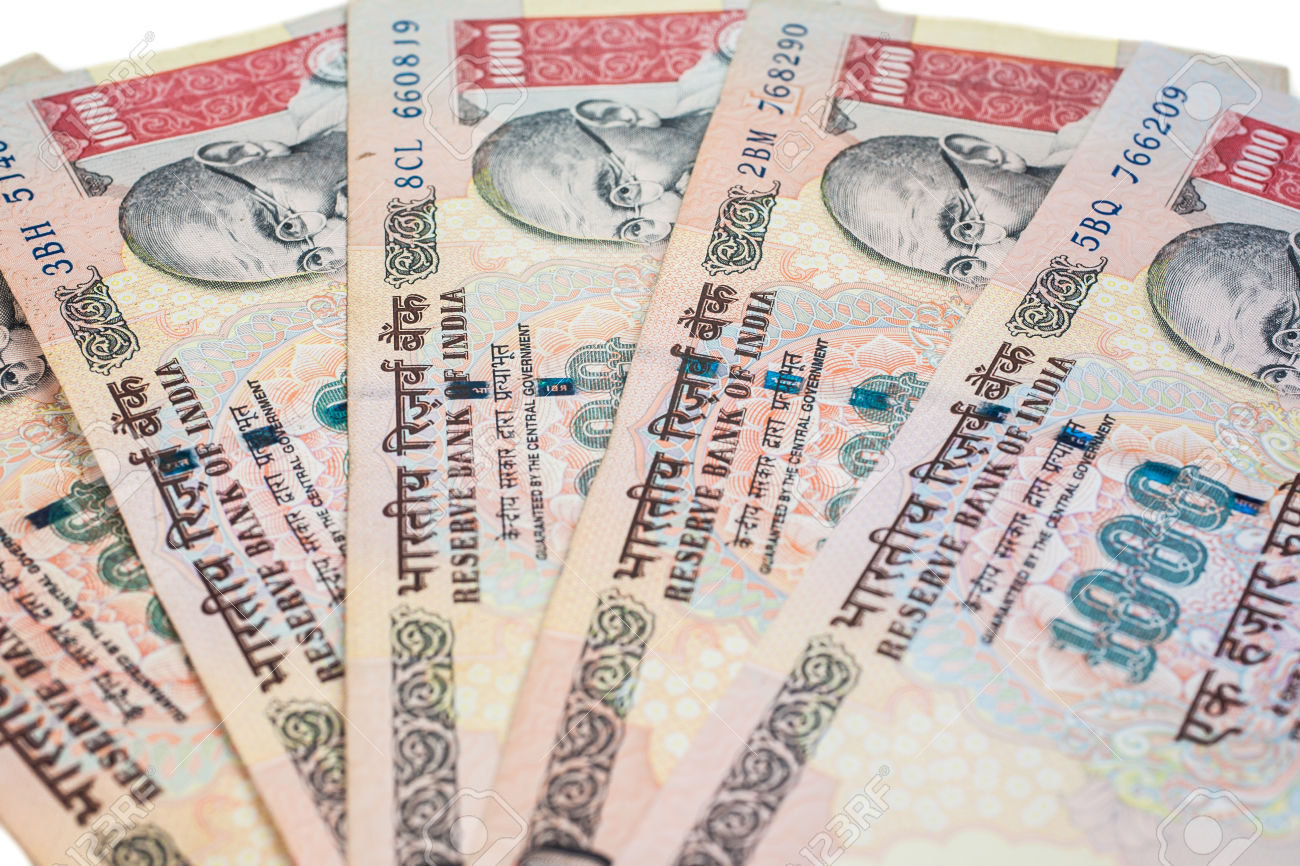 28170150-A-fan-of-one-thousand-rupee-notes-Indian-Currency--Stock-Photo