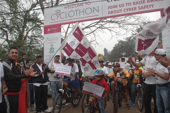 Axis cyclothon