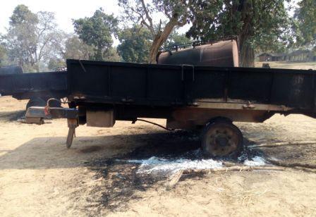 maoists burn tanker