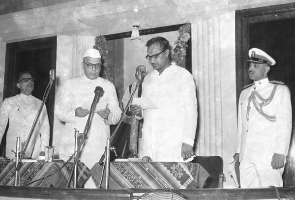 Biju Patnaik sworn in as the Odisha Chief Minister, the first time in 1961