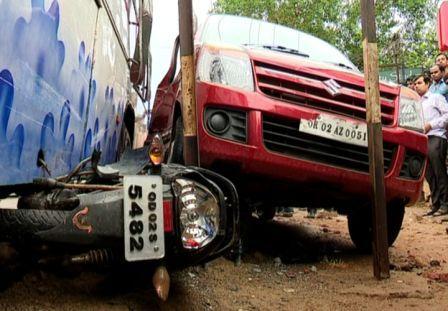 bus accident bomikhal