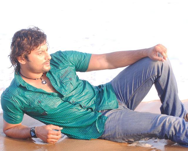 Pic Courtesy: http://www.follo.in/