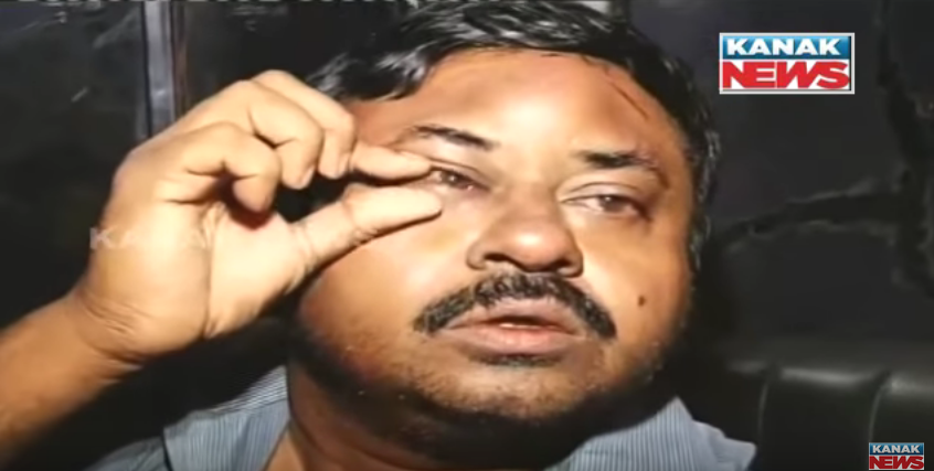 A doctor was beaten up in Puri hospital.