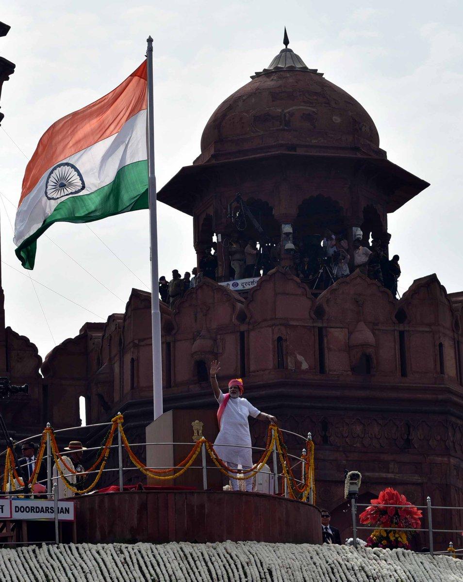 Pic. twitter.com/narendramodi