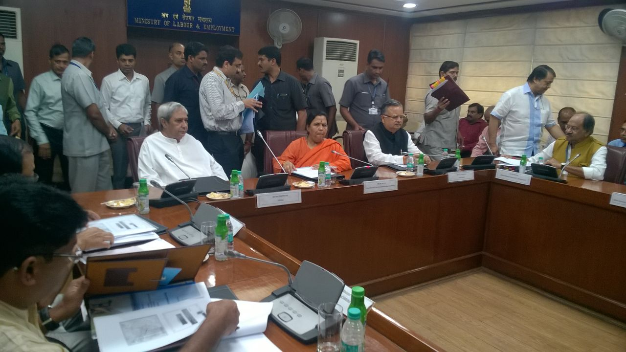 tripartite-meeting-on-mahanadi-issue-uma-bharti-naveen-patnaik-raman-singh
