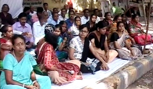 dharna over mahanadi dispute at Jantar Mantar