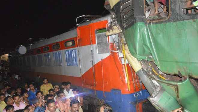train-accident-kathajodi-new