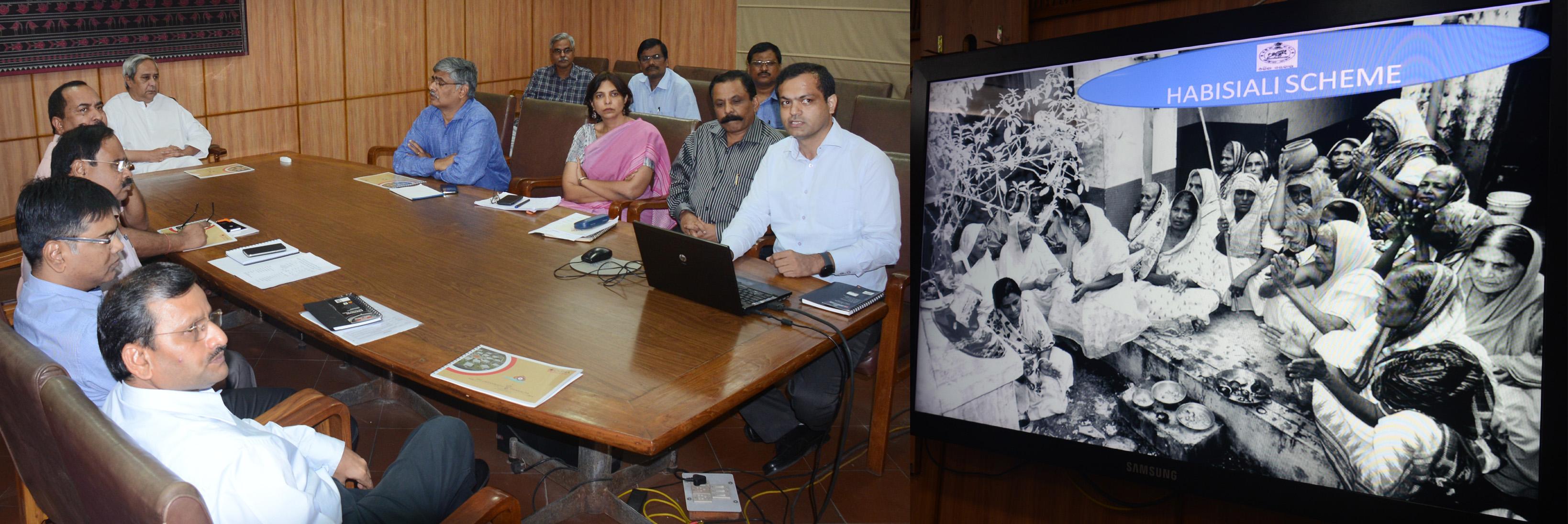 chief-minister-shri-naveen-patnaik-reviewing-on-habisiali-and-jagannath-enclave-at-secretariat-photo