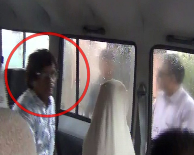 doctor-couple-arrested