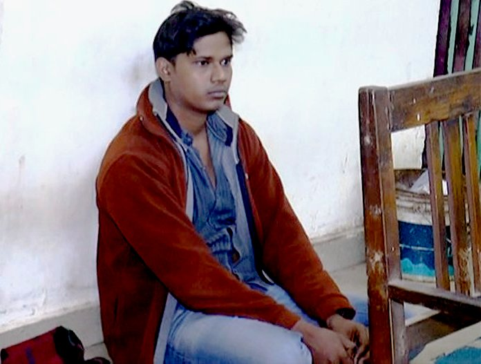 youth-detained-in-sundargarh-duplicate-note