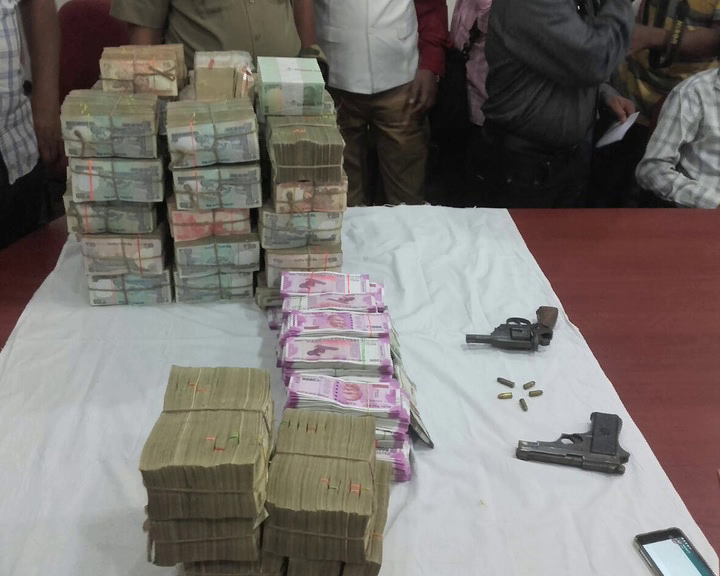 Eight arrested, over Rs 1.42 cr in new, scrapped notes seized
