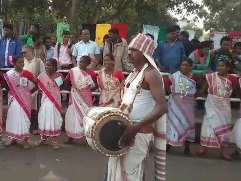 tribal-demonstration-bhubaneswar