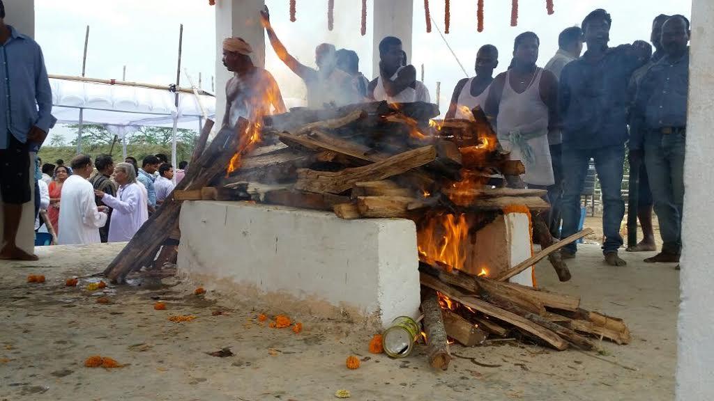 Rabi Ray cremation