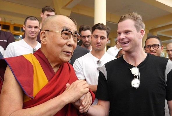 steve smith with dalai lama