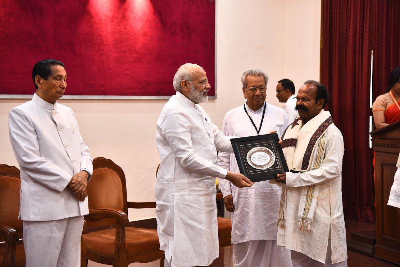 modi-Bahubalendra-family6