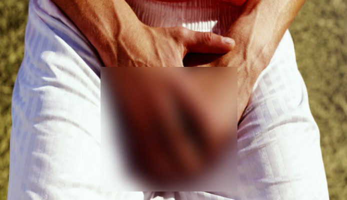 Delhi: Woman forces boyfriend to have sex, chops off his genitals