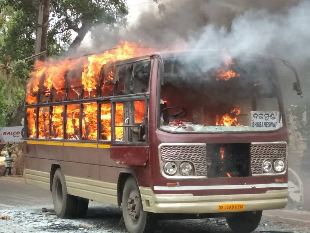 Pipili : Mob Torches 3 Buses after 2 Killed in Accident