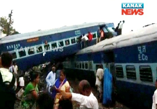 6 coaches of Utkal express derail, 5 dead, 35 injured