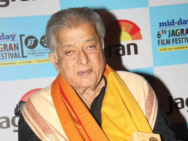 Veteran Bollywood actor Shashi Kapoor passes away at 79