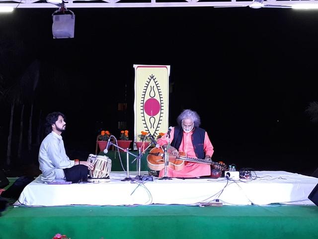 vishwa mhan bhatt