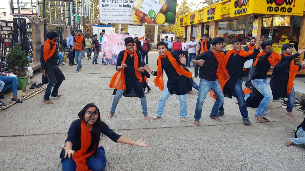 IIIT Bhubaneswar Nukkad _ Cancer Awareness (7)