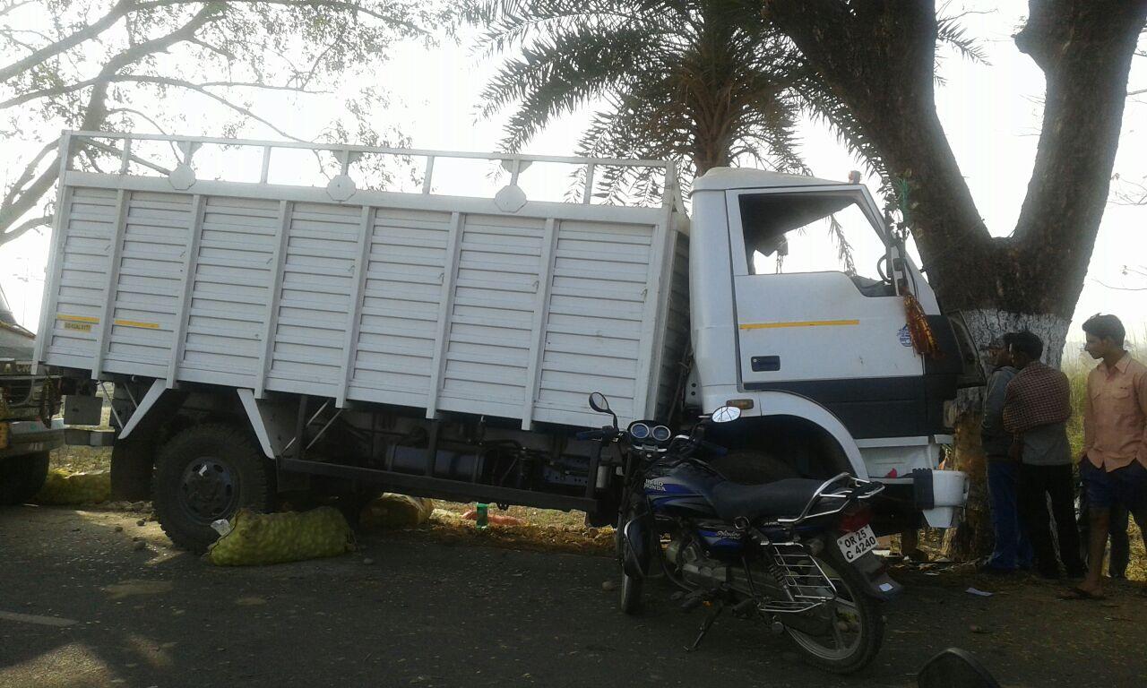nayagarh-accident3