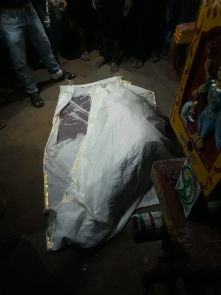 devotee crushed to death under chariot
