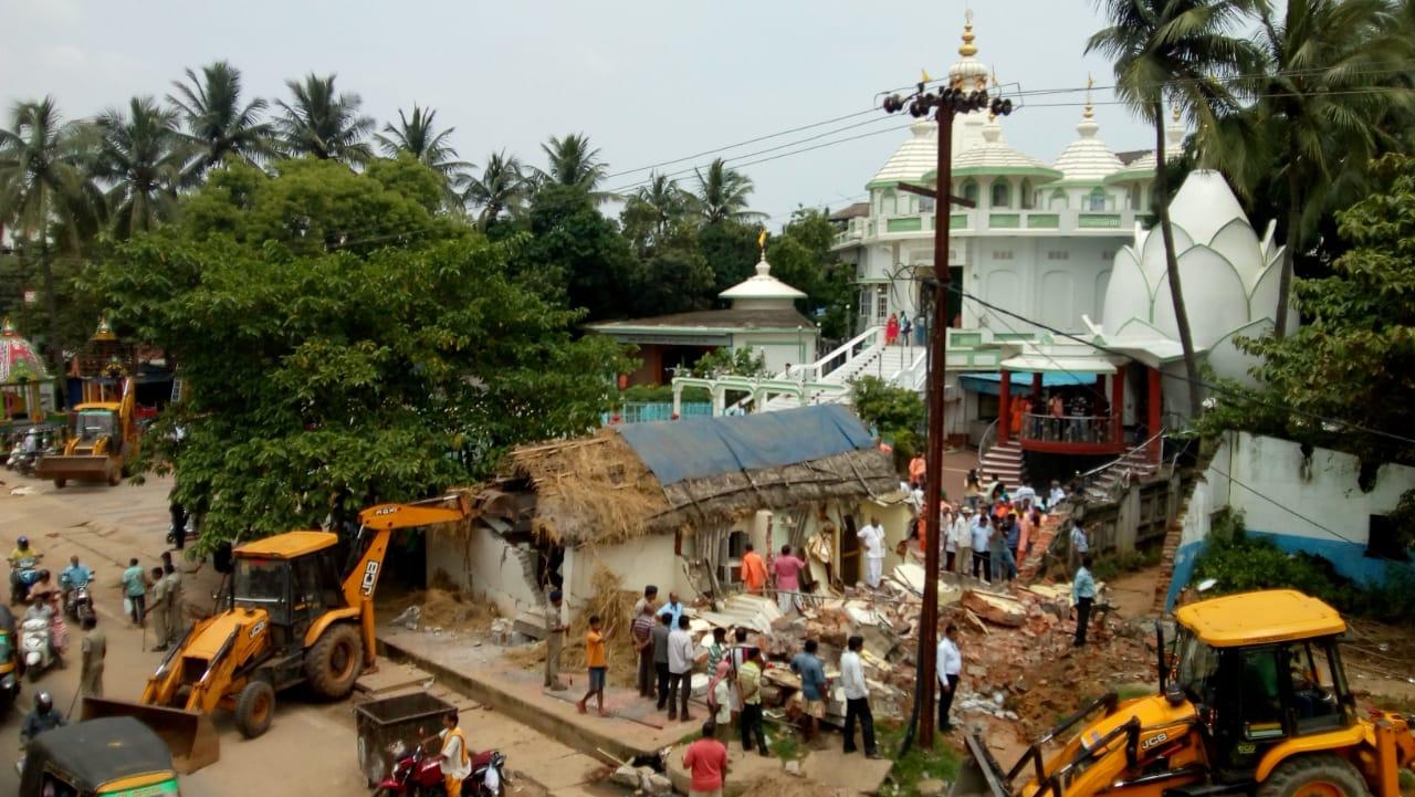iskcon-demolition