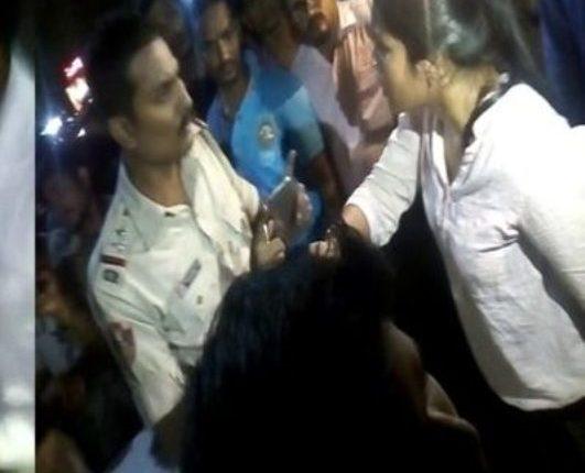 girl manhandles police
