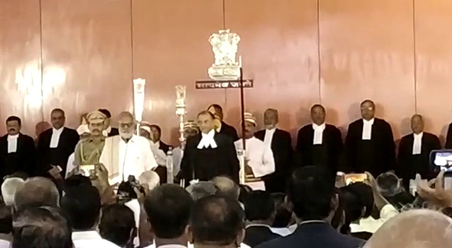 justice-jhaveri-oath