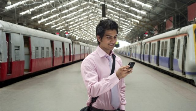 Punctuality monitoring Passenger/Freight earnings information
